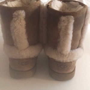 GREAT BUY ! UGG BOOTS